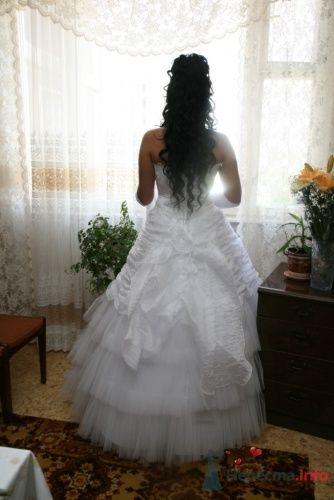 Фото 18330 в коллекции Прическа с диадемой - Визажист-стилист свадебного образа Лариса Костина