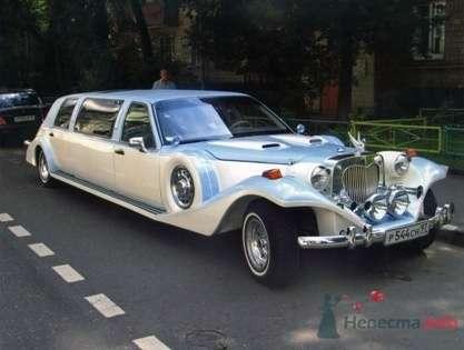 Excalibur Phantom, бело-голубой, 7 мест - фото 2775 Vip Limousine - аренда авто