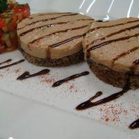 печень трески с тартаром из свежих овощей