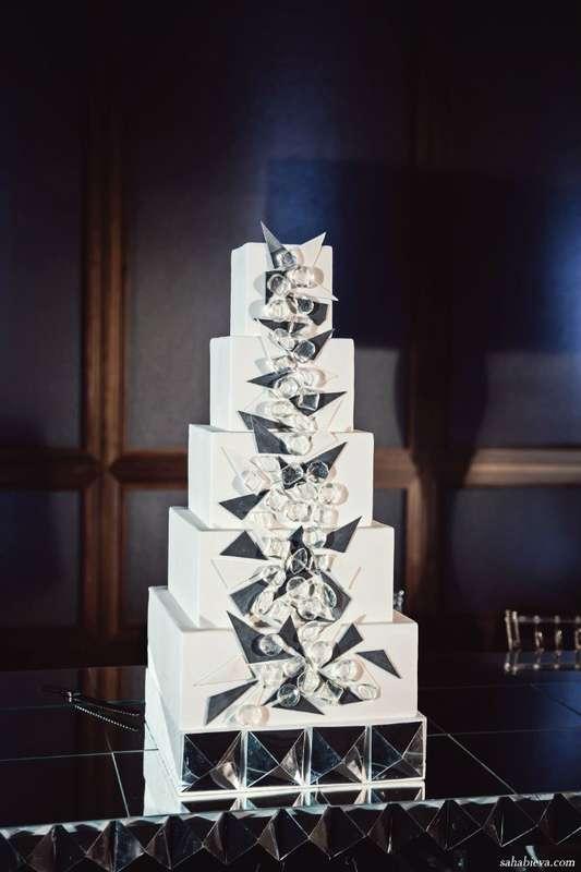 Свадебный торт - фото 15052052 Фотограф Яна Сахабиева