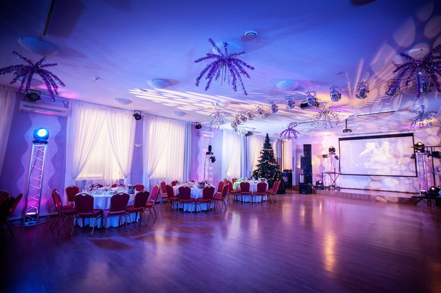Оформление зала светом - фото 16701770 Ведущий Большаков Илья