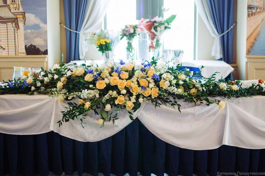 Оформление зала цветами Флер