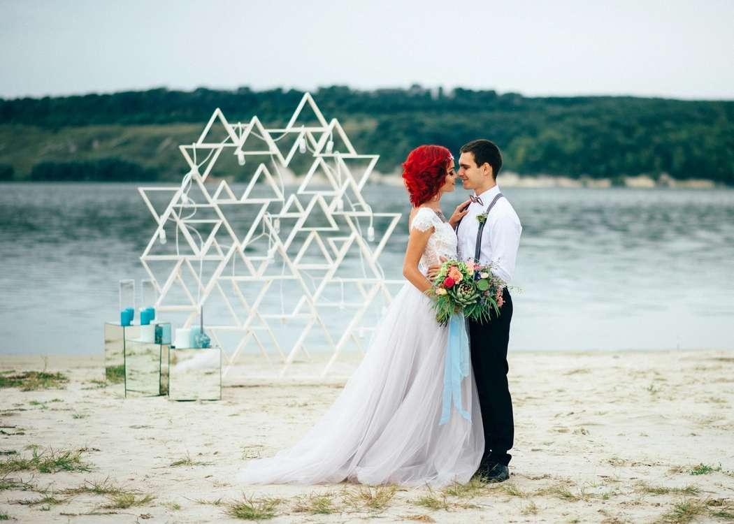 """Вечерняя выездная церемония на пляже - фото 16526996 Мастерская оформления свадеб """"Magic garden"""""""