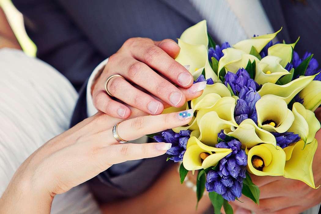 Букетов из синих калл фото свадебных