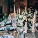 Очень уютное и стильное оформление банкета на уютной, камерной свадьбе. Невероятно красивое сочетание дерева и нежных цветов. Свечи создают неповторимую атмосферу! Концепция, декор, флористика Аня Малышева. Фото Марина Назарова.