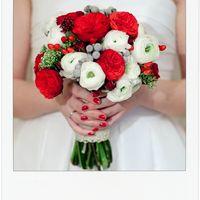 бело-красный букет