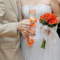Пример букета невесты из оранжевых гербер
