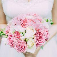 Свадебный букет из роз и гортензий! #floristSvetaGubska #Kiriya_studio #instaflowers #flower #wedding #weddingflower #weddingbouquet #свадебныйбукет #свадебнаяфлористика #bouquet #роза #гортензия