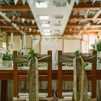 Свадьба Rustic, рустик, оформление стульев, мешковина, лён, ленты, свадебная флористика, цветы