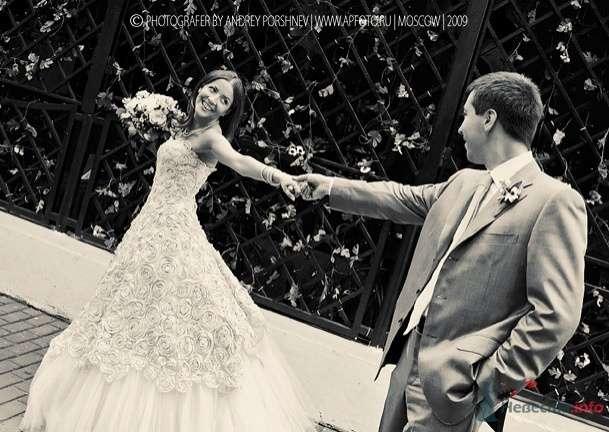 Фото 24300 в коллекции Свадебные фотографии - Невеста01
