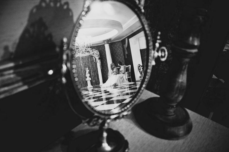 фотографии, подружки невесты, фото, фотограф, свадебное, салон,зеркало, красота, wedding, свадьба, платье, туфли, макияж, девичник, сборы, утро невесты, фуршет, липецк - фото 4070185 Свадебный фотограф Анжелика Лосихина