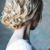 Для тонких  и шелковистых волос ажурный пучек