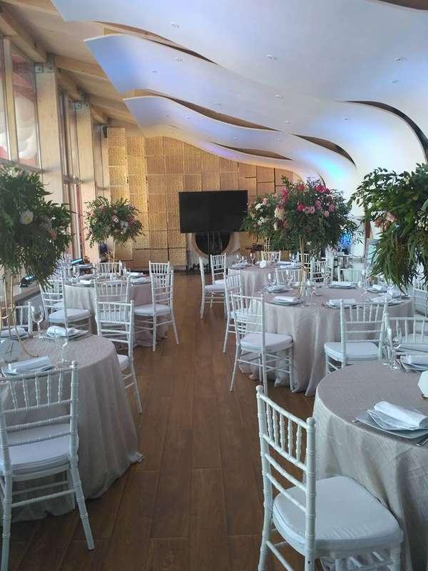 """Свадьба в ресторане """"Кот Дазур"""", вместимость до 45 чел. - фото 12438698 Ресторан """"Кот дазур"""""""