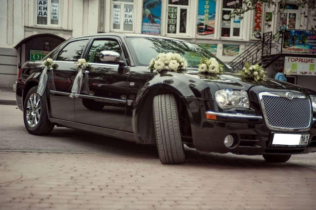 Фото 4247099 в коллекции CHRYSLER 300 C Самый большой седан длина 5,2 - LUXCar - аренда автомобилей