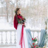 Букет в бордовых тонах Свадьба бохо