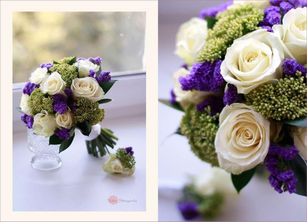 Свадебные букеты из статицы и белых роз, конфет чая