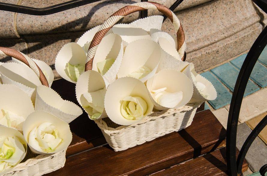 Кулечки для лепестков роз