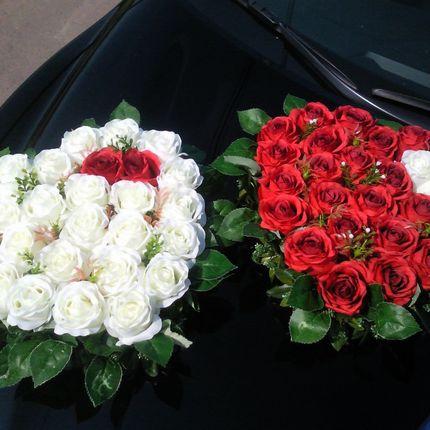 Украшение из живых цветов для свадебных автомобилей