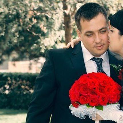 """Букет невесты из красных роз """"Классика"""""""