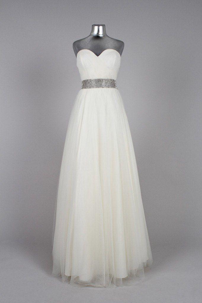 Манекены свадебные платья картинки