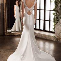 Коллекция 2016 - Essence Свадебное платье - 15368 Смотрите цены в каталоге на нашем сайте -  Запись на примерку 8 (495) 645-19-08