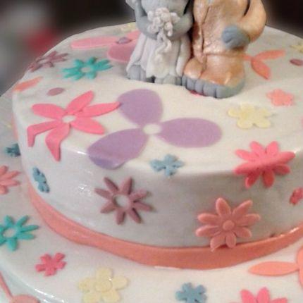 Торт с зайцами
