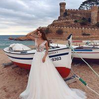 Буэна (MR) Восхитительное свадебное платье с открытой спинкой и пышной юбкой из фатина