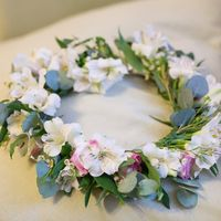 Венок невесты Фото: Ксения Шерстнева ()