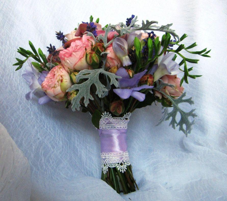 Букет на свадьбу крымскотатарскую, крокусов купить москве