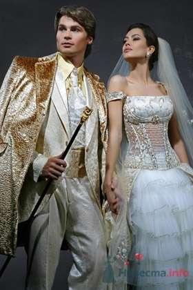 Свадебное платье ILANA - фото 30480 Плюмаж - бутик выходного платья и костюма