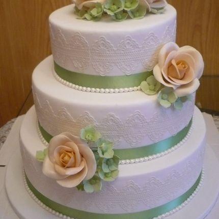 Торт трехъярусный