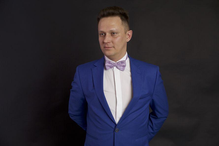 Фото 9424980 - Ведущий Алексей Шестаков