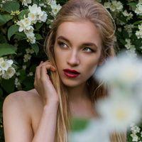 Модель Luba Ozerova  Визаж и прическа Ирина Катыхина  Фотограф Софья Новокрещенных