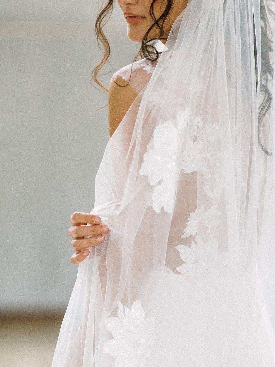 Свадебное платье Симфония с фатой - фото 16541404 Будуарный салон Boudoir-Wedding