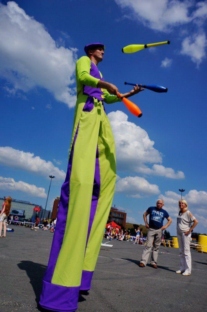 Фото 6060127 в коллекции ХОДУЛИСТЫ (костюмы) - Творческий коллектив Огни большого города
