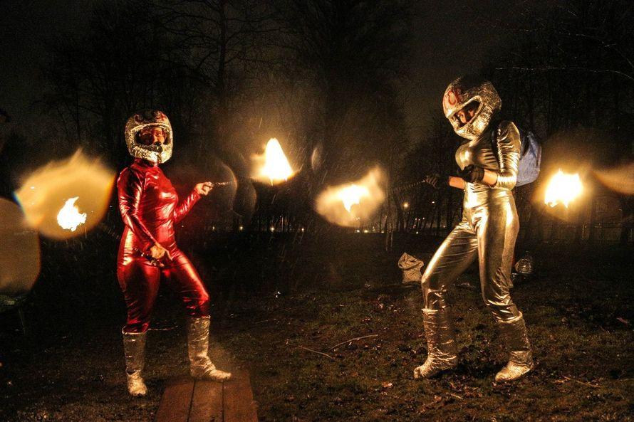 Фото 6060219 в коллекции Огненное (фаер) шоу - Творческий коллектив Огни большого города