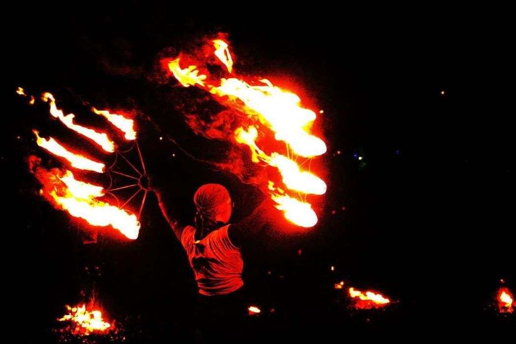 Фото 6060355 в коллекции Огненное (фаер) шоу - Творческий коллектив Огни большого города