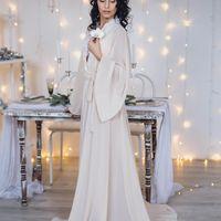 Утро невесты - очень трогательное и волнительное, зимой - невероятно сказочное! Будуарное платье в прокате. Аксессуары на заказ.
