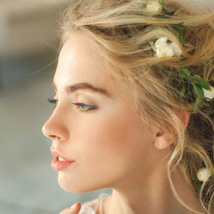 Свадебный аэромакияж и причёска