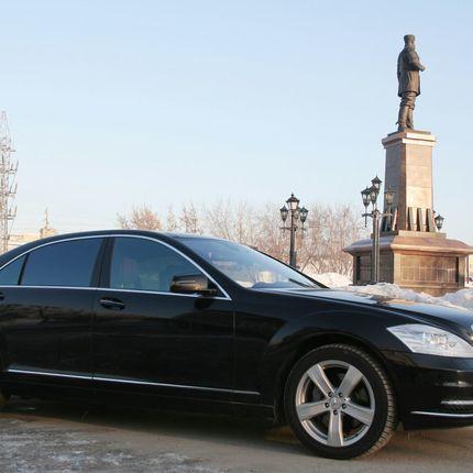 Аренда авто Mercedes S-Сlass W221