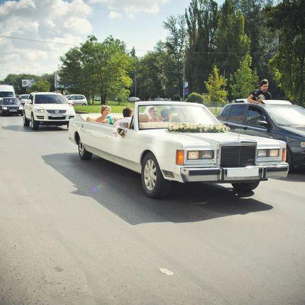 Ретро лимузин-кабриолет