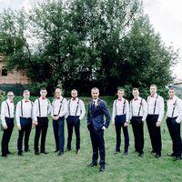 жених, друзья жениха, бабочки,, коралловый, платья, платья подружек невесты, выездная регистрация, свадьба, невеста, свадьба за городом