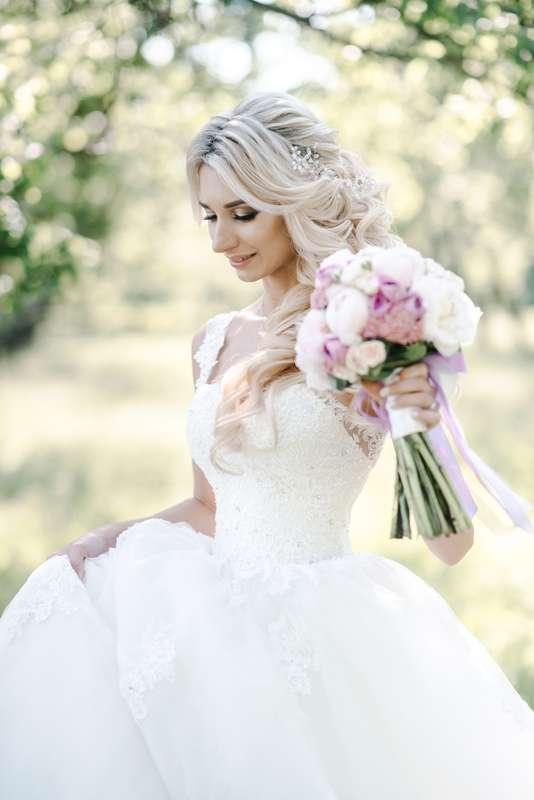 невеста, образ невесты, фотосессия, свадебная фотосессия, фотосессия на природе, свадьба на природе, файнарт, файнарт фотограф, банкет на природе, декор на свадьбе,стильная свадьба - фото 18394000 Маслова Виктория - фотограф