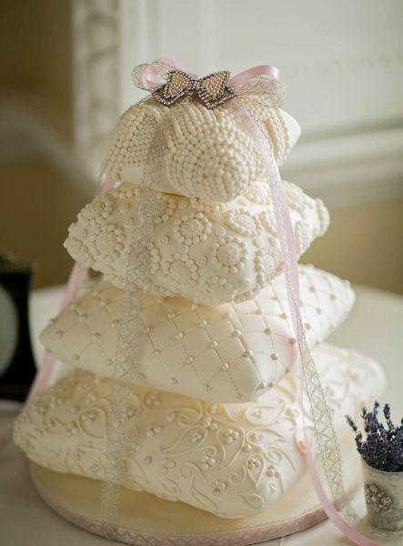 Самые красивые свадебные торты на фото