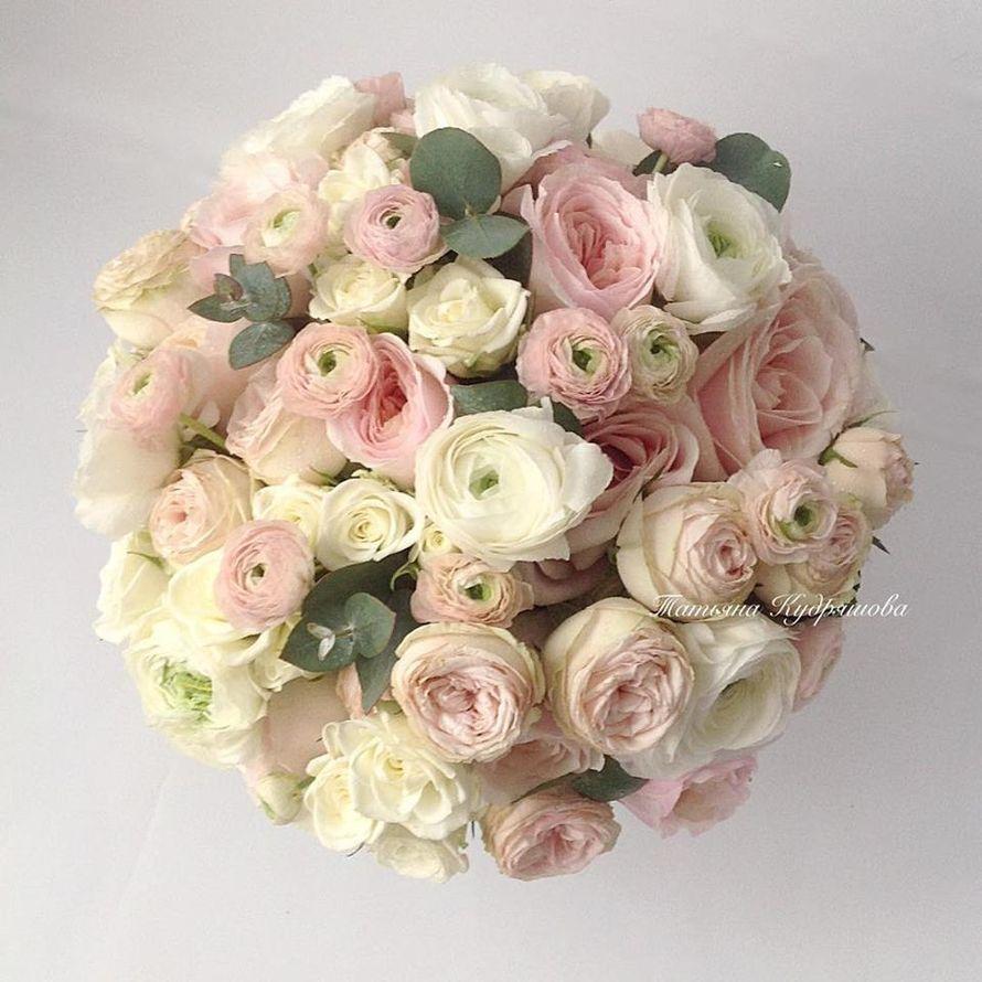 Букет невесты из пионовидных роз - фото 18457930 Цветочная мастерская Татьяны Кудряшовой