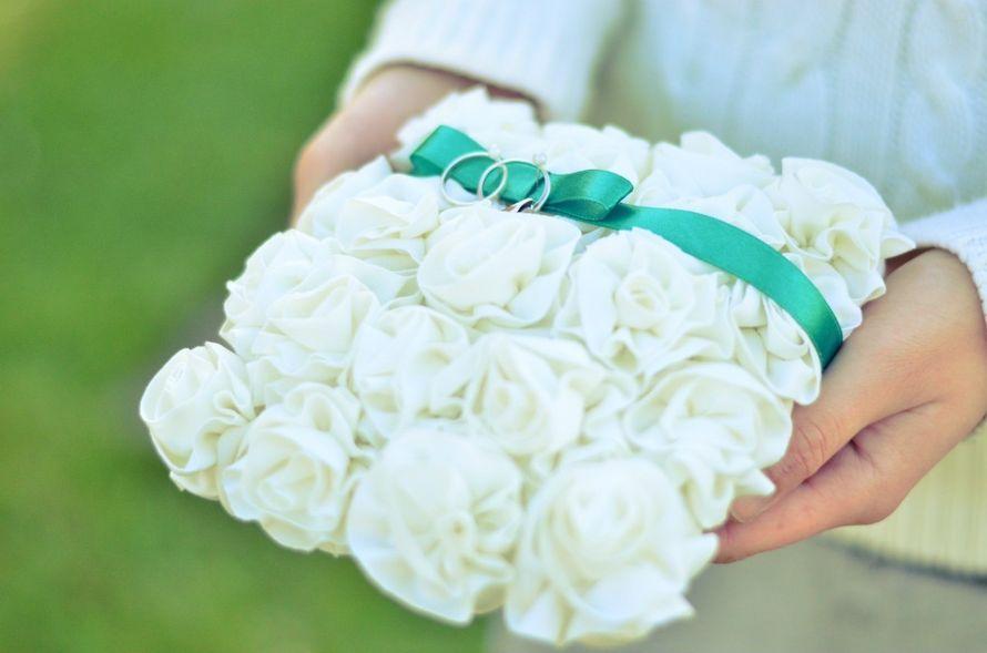 Подушечка для колец. - фото 7402800 Оформление свадеб Flor de Liz
