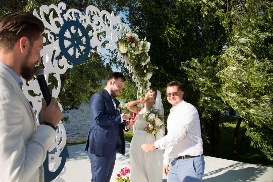 морская тема, морская свадьба, свадьба у воды, выездная регистрация, арка, синий - фото 15539736 Фото и видеосъёмка Fevish studio