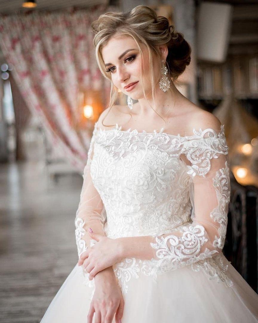 Платье со шлейфом София