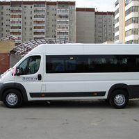 Peugeot Boxer белого цвета 18 пассажирских мест ремни безопасности для всех пассажиров Стоимость аренды от 800 руб/час Межгород 18 руб./км Подробности по тел 268-10-05