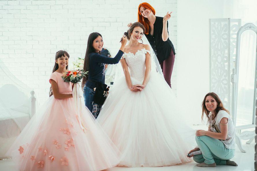 Каждая невеста волнуется в торжественный день - фото 11925566 Визажист Зинаида Калганина